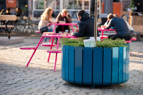 Buzz picnic table de Vestre