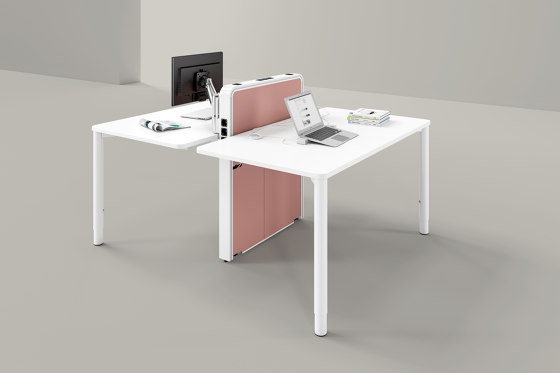 Applica Workstation modules by Assmann Büromöbel