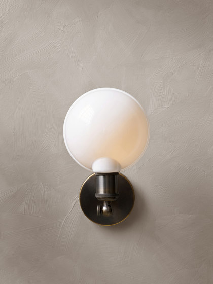 Tribeca Series | Warren Wall Lamp Black by MENU