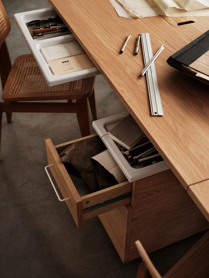 Works von string furniture