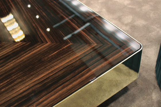 Lord Table by Longhi S.p.a.