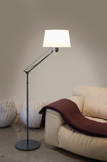 Lektor | Clip-on lamp de Carpyen