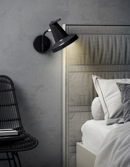 Garçon | Wall lamp by Carpyen