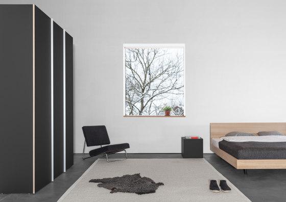 IKU bed / staplebed / daybed by Sanktjohanser