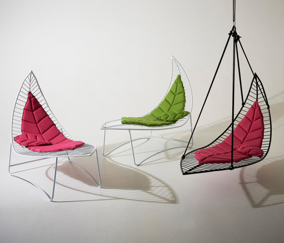 Leaf Chair On Low Base stand by Studio Stirling
