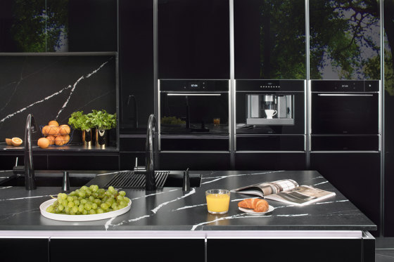 Frames by Franke Hob FHFS 584 4G BK C Stainless Steel Glass Black by Franke Kitchen Systems