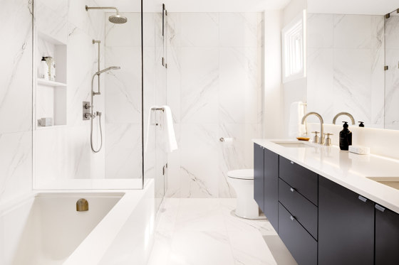 Touché Super Blanco-Gris Natural by INALCO