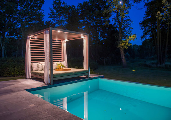 Equinox Cabana - Automated Louvered Roof by TUUCI