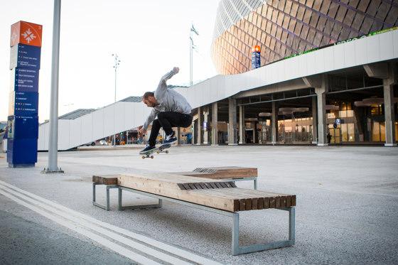 Pop urban partitions/trellises by Vestre