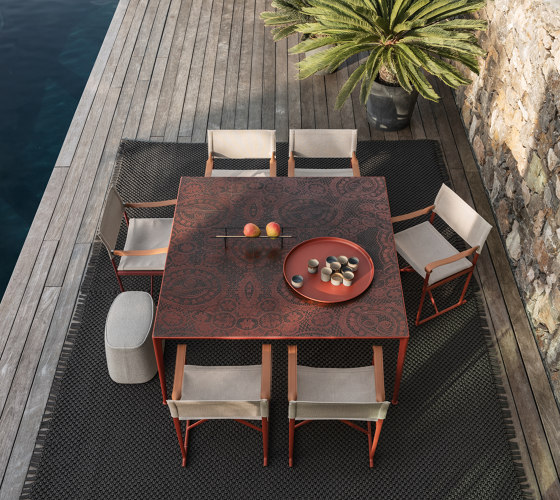 Mirto Outdoor by B&B Italia