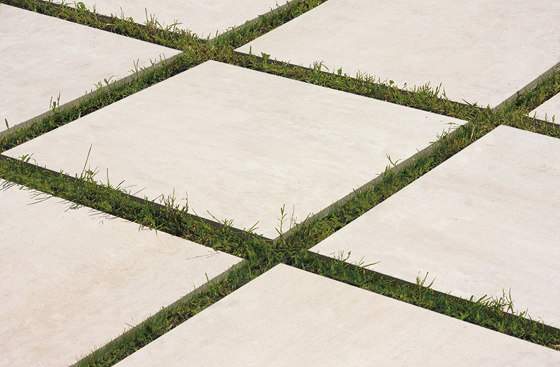 On Square Listelli Sfalsati Avorio by EMILGROUP