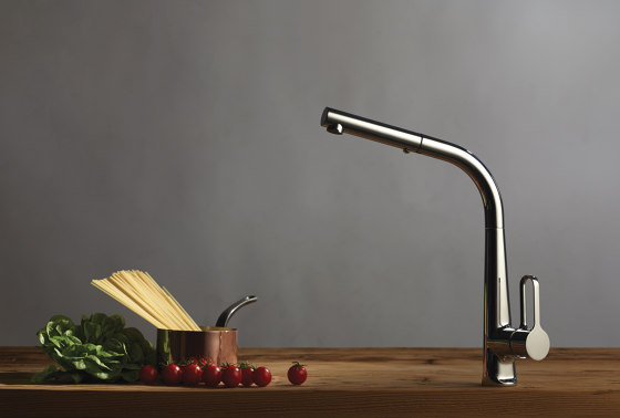 Skinny F7026 | Kitchen mixer with extractable handshower by Fima Carlo Frattini