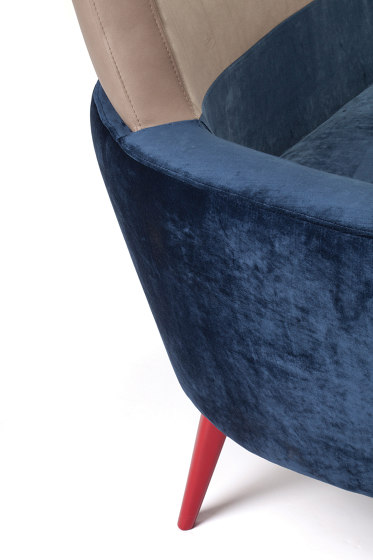 Doble Chair by Mambo Unlimited Ideas