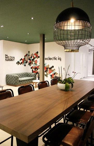 Victoria Couch di Mambo Unlimited Ideas
