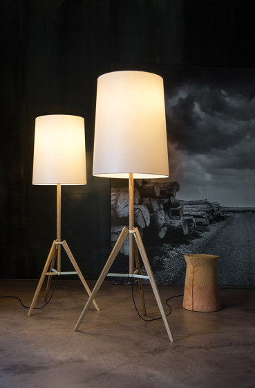 Tripod | Floor lamp de Carpyen