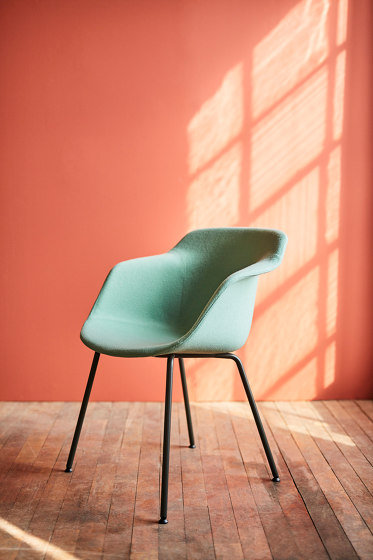 Pax chair by Materia