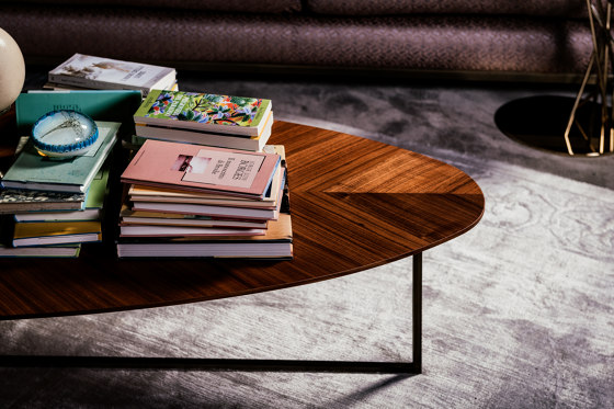 Oleg Coffee Table de black tie