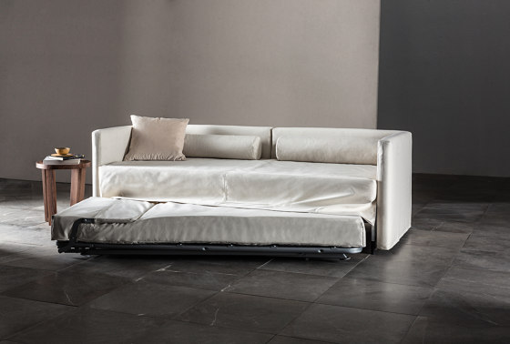 3700 Gulp Sofa bed by Vibieffe