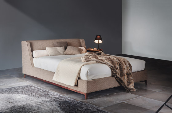 5000 Queen Bed by Vibieffe