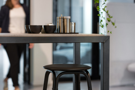 Formosa Coffee table Ø50 by Bogaerts Label