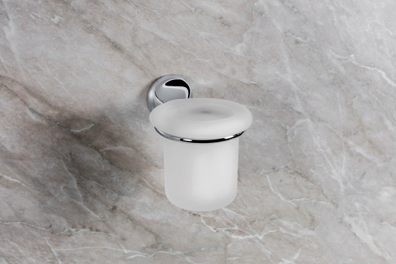 Ring towel holder by COLOMBO DESIGN
