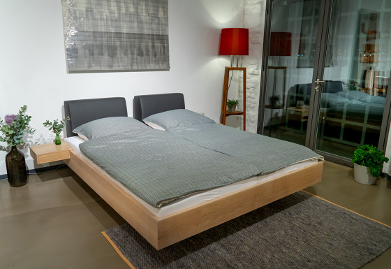 Mamma wood bed by Sixay Furniture