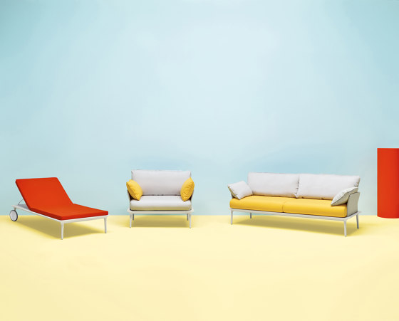 Reva Sofa by PEDRALI