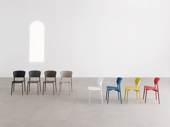Ply chair by Desalto