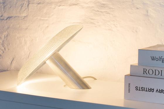 GRAND CÈPE  – table light di MASSIFCENTRAL