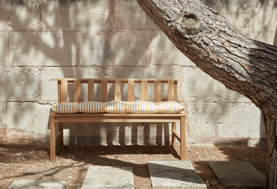 Barriere Cushion by Skagerak