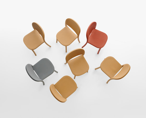 1 Inch Stacking Chair di emeco