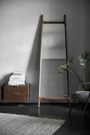 Mirror | Floor Mirror di District Eight