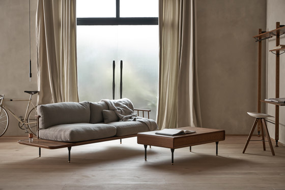 Distrikt Chaise von District Eight