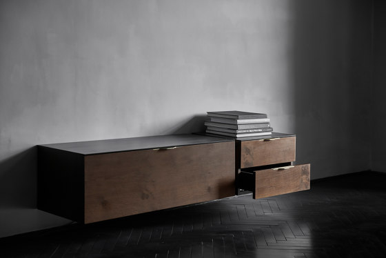 Drift Double Drawer Unit di District Eight