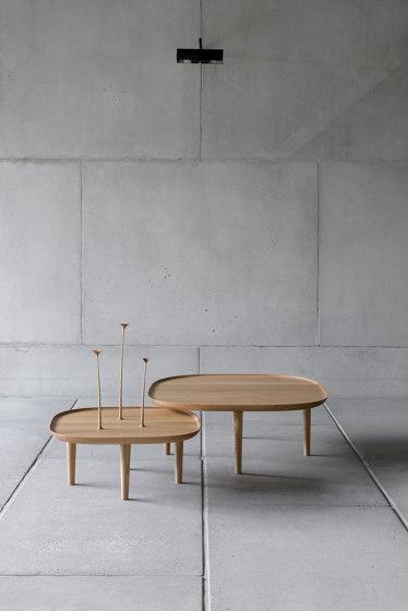Fiori Table 130cm – Walnut von Poiat