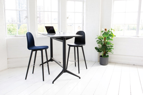 Nam Nam Contract Stool von ICONS OF DENMARK