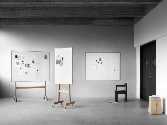 Wood mobil whiteboard by Lintex