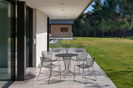 Nostrum Table by iSimar