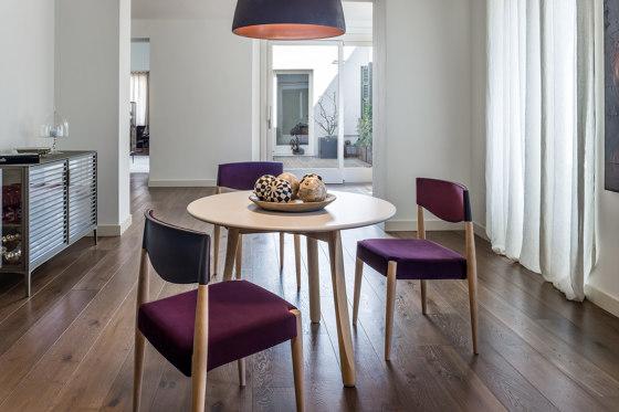 Virna Armchair de ALMA Design
