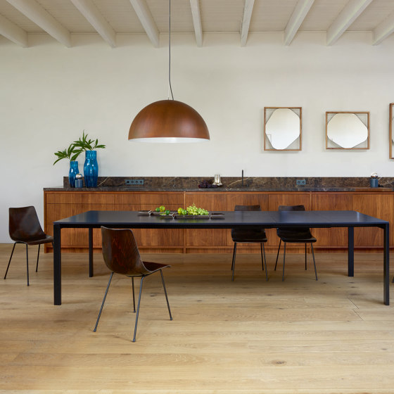 Allungami | Extending Dining Table Walnut Black Lacquered Base by Ligne Roset