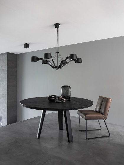 Side-To-Side Dining Table de QLiv