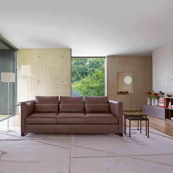 Estienne | Sofa 3 Plazas Patas Bajas De Roble Articulo Completo de Ligne Roset
