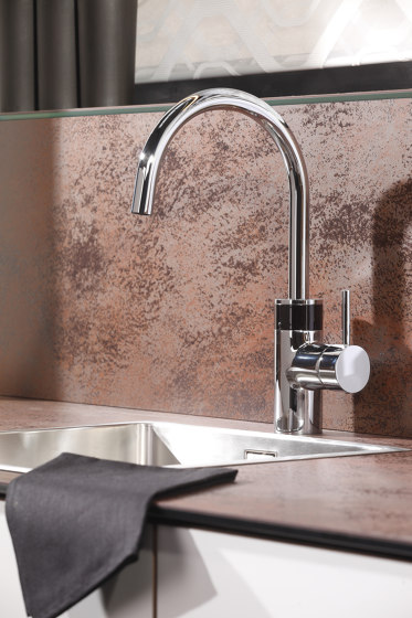 H10 Hybrid kitchen faucet, battery by CONTI+