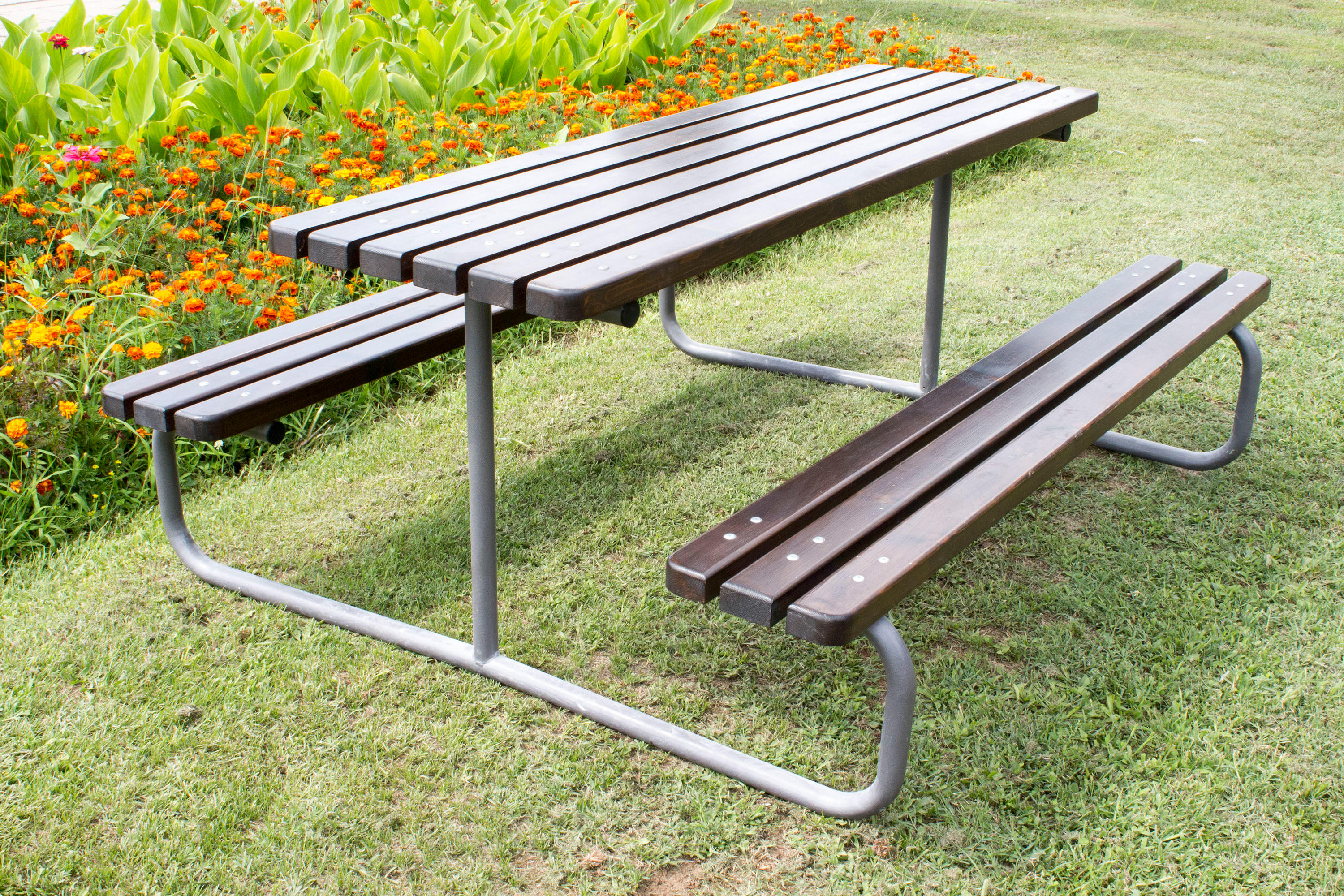 Metal picnic table 113 by ete