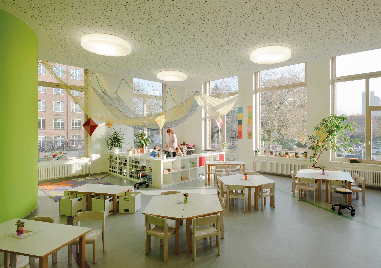 Moderne Lampen 18 : Flat polymero® kreis and kreis xxl ceiling and wall luminaires