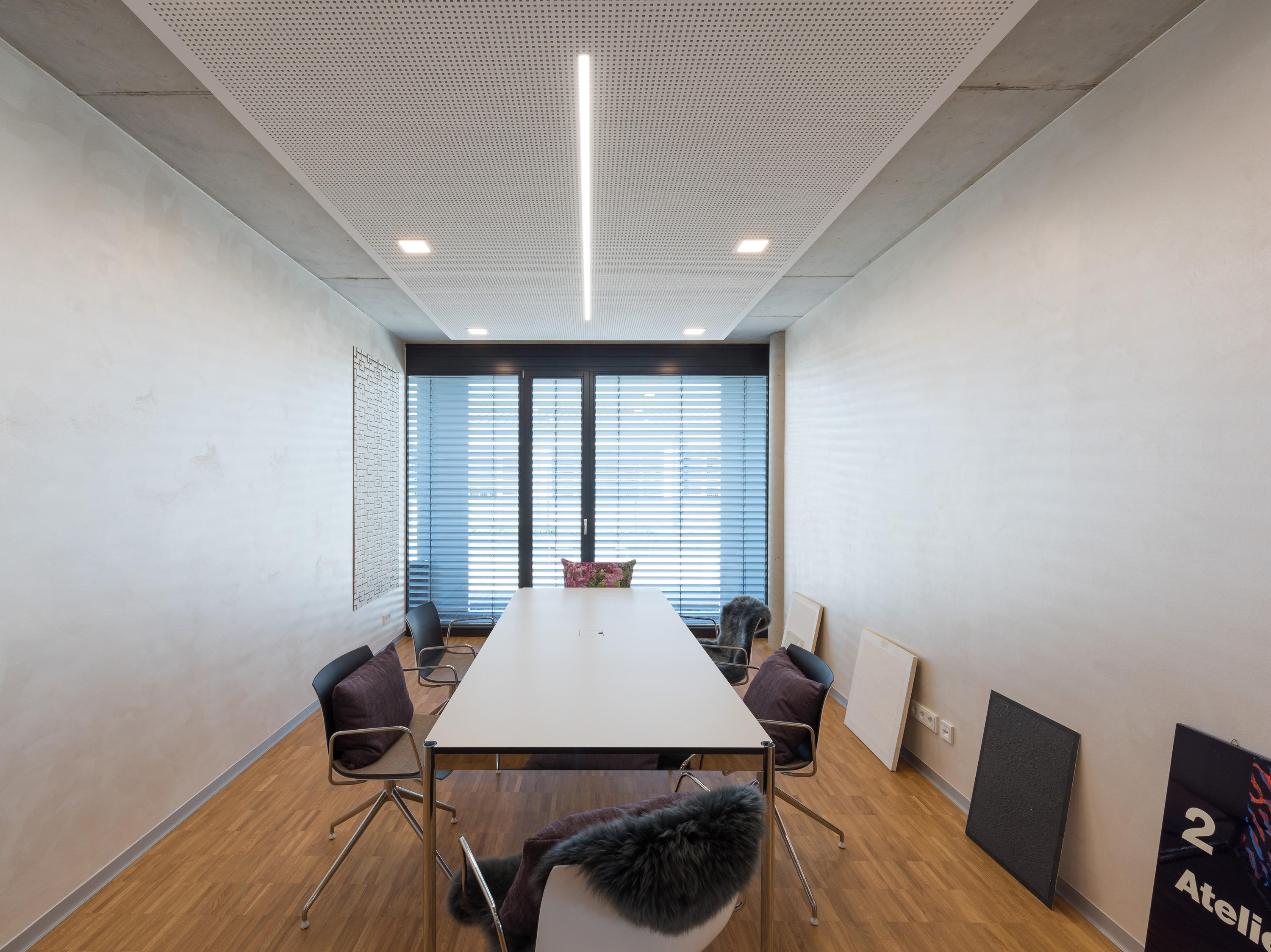 Moderne Lampen 18 : Less is more® 27ceiling and wall luminaires ceiling lights from