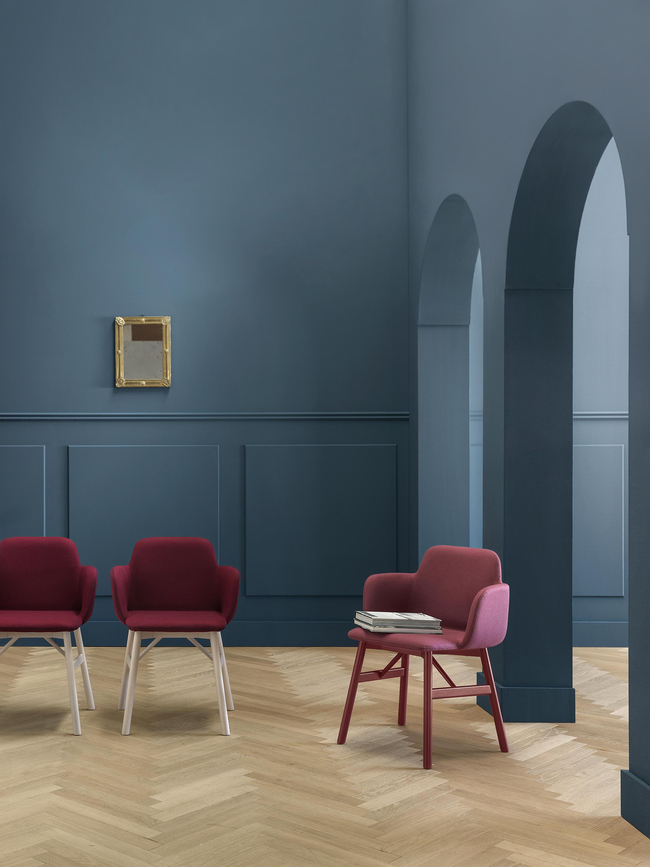 Bardot Le 0030 Chairs From Traba Architonic