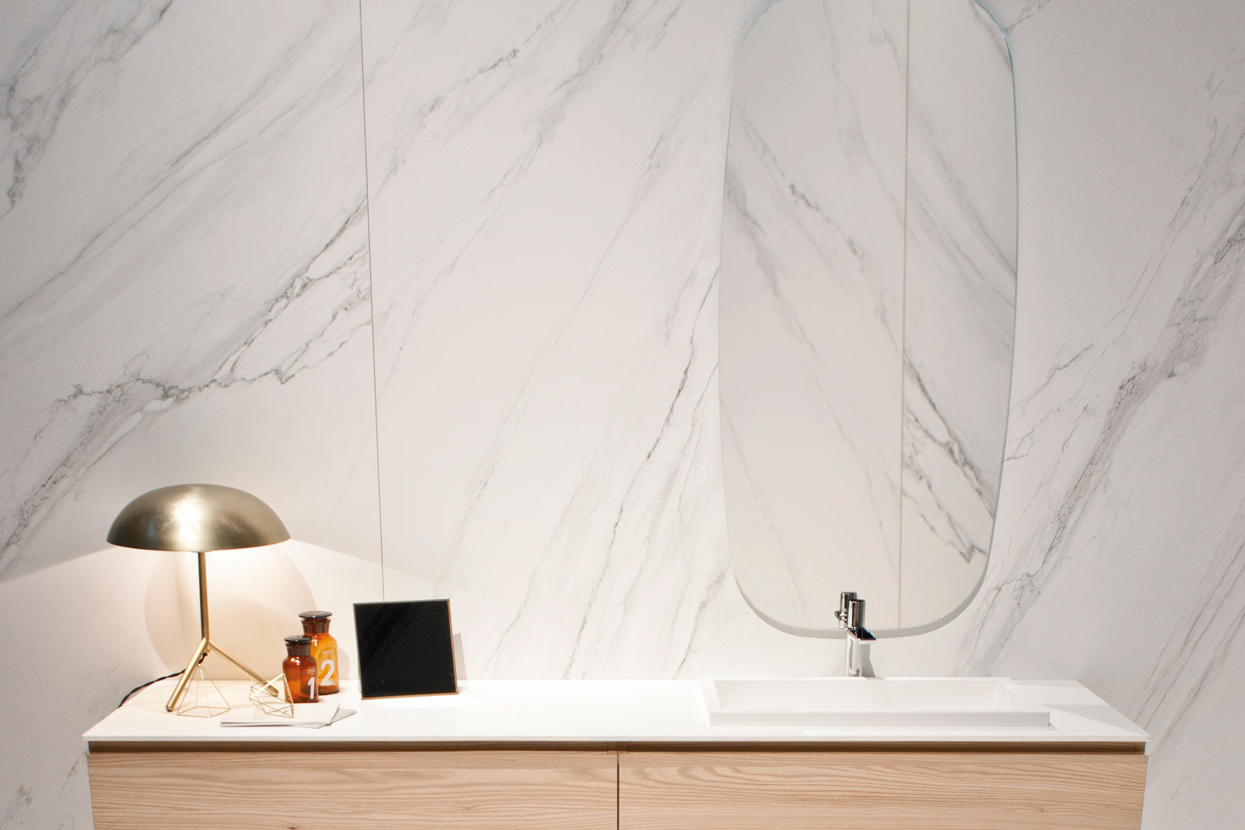 Touch 201 Super Blanco Gris Natural Ceramic Panels From