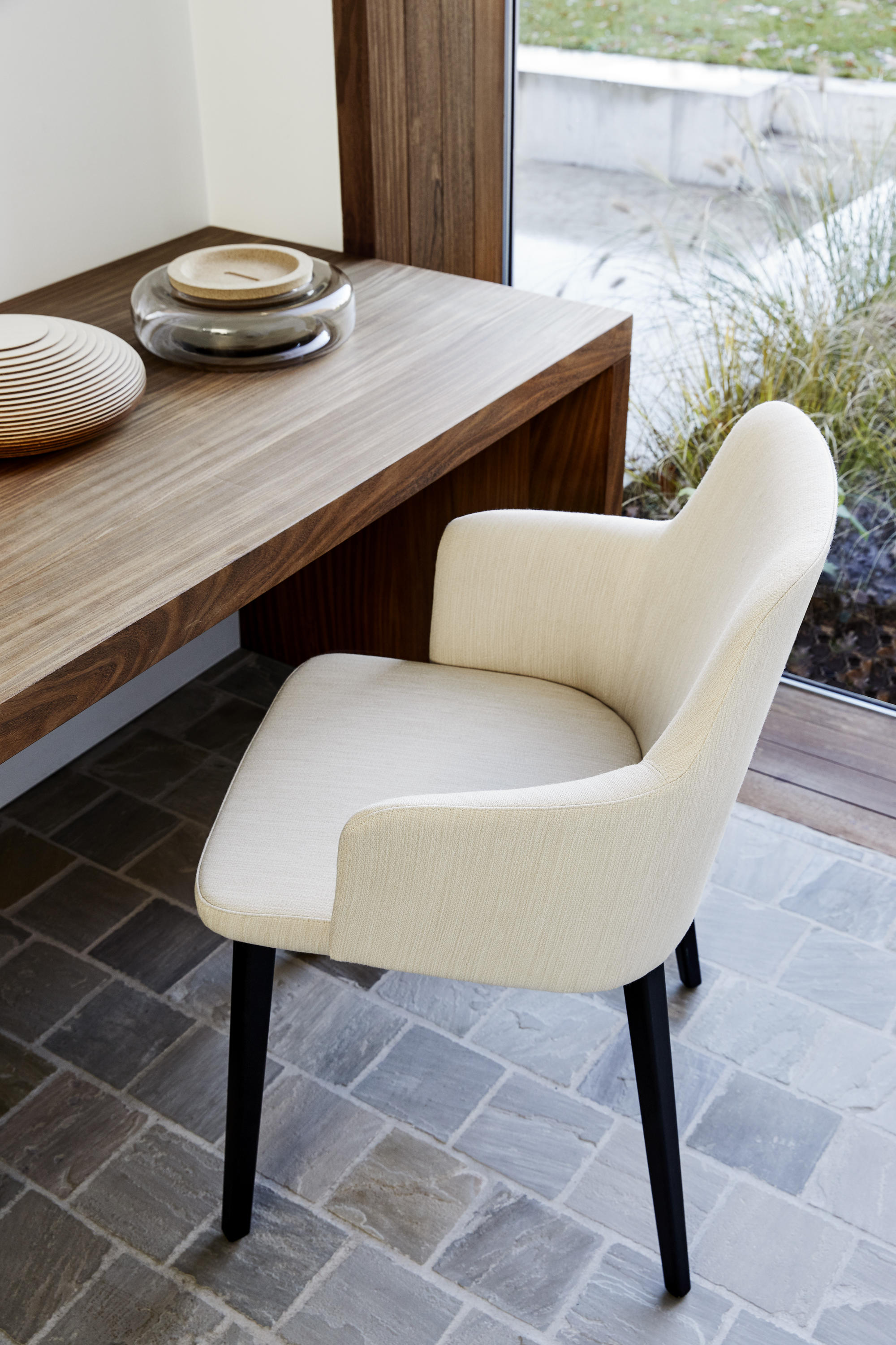 Back Me Up Salon Armchairs From Montis Architonic