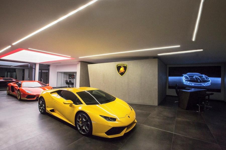 Lamborghini Store by of-stone | Trade fair stands